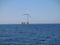 Notre première éolienne en mer