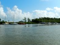 Le mouillage et les deux pontons de Kourou